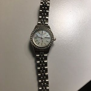 Citizen crystal bezel women's day/date watch